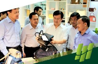 Deputy minister of Industry & Trade, Cao Quoc Hung, visited and worked in TBS Group